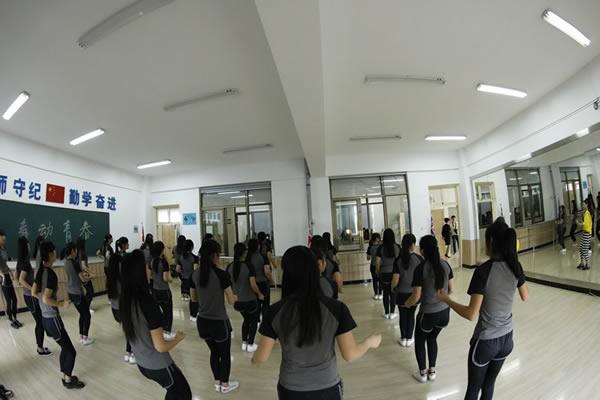 幼师教师体操