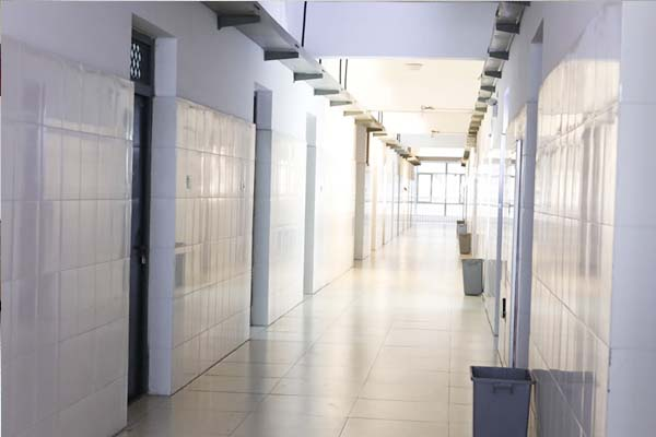 干净的走廊